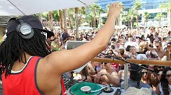 """TUNE IN TODAY Fri 3/30: Lil Jon teams with Ultra Music for live stream of his spring break """"Drink"""" party [Event]"""