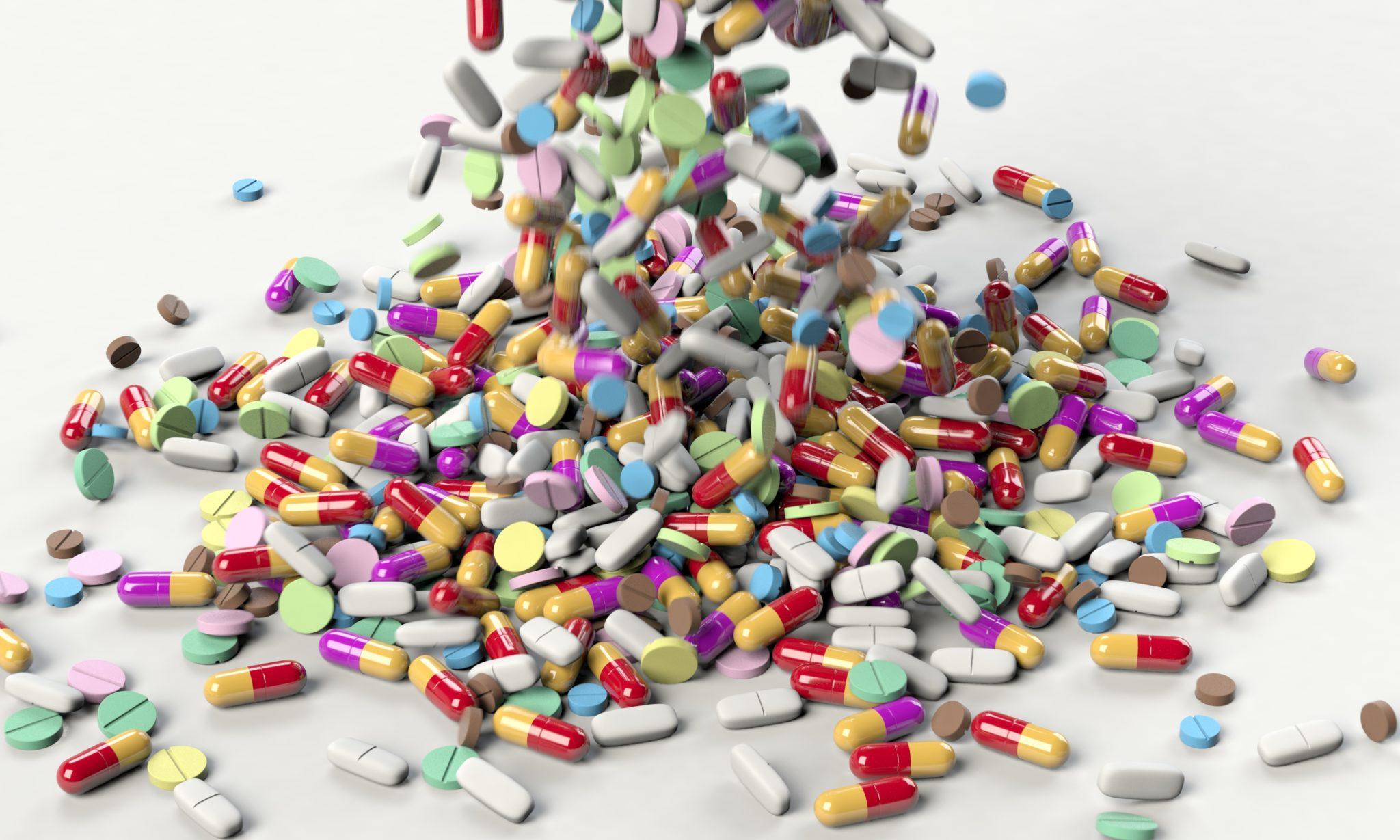 Image source: https://pixabay.com/illustrations/pills-medicine-medical-health-drug-3673645