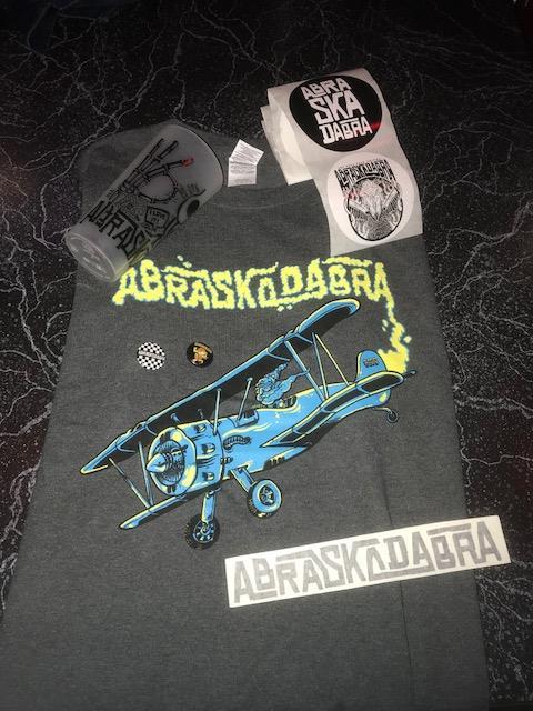 abraskadabra_merch giveaway