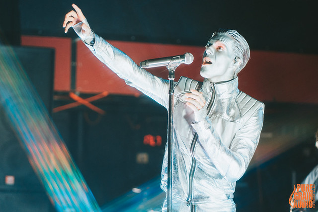 The Neighbourhood (w/ Claud, Slow Hollows) at Revolution Live (Fort Lauderdale, Florida) on November 1, 2019